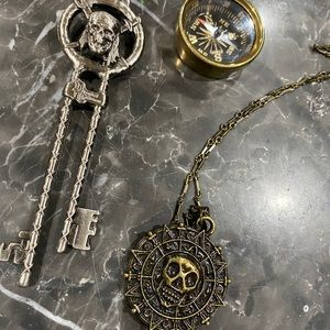 Pirates of The Caribbean Accessory Pack